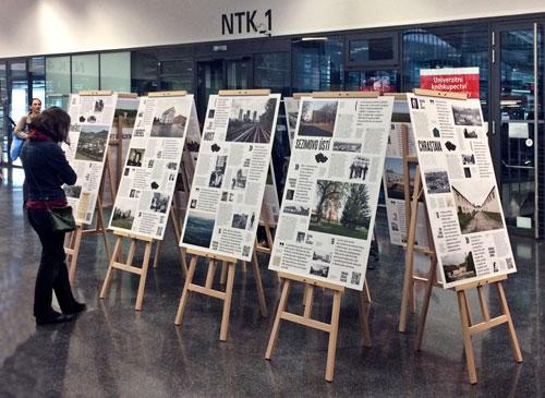 Die Ausstellung präsentiert eine Fülle von Informationen und historischen Aufnahmen.