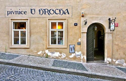 """Ins """"U Hrocha"""" sollte man am Nachmittag gehen, wenn man einen Platz will."""