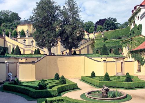 Der Vrtba-Garten gehört zu den bedeutendsten Barockgärten nördlich der Alpen.