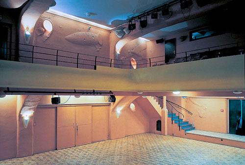 Im großen Saal wurden nach der Wende Stücke von Václav Havel aufgeführt.