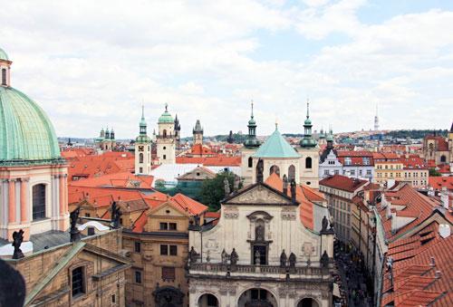 Blick auf die Dächer und Türme der Altstadt