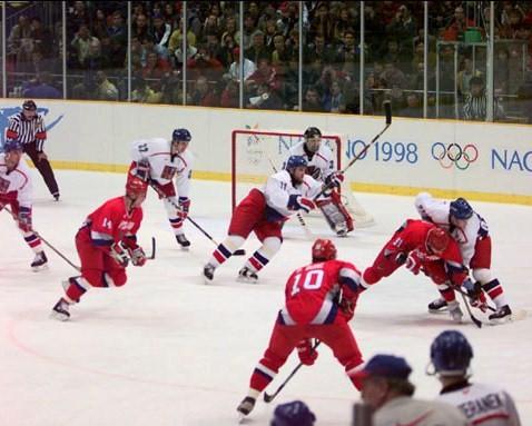Am 22. Februar 1998 standen sich Tschechien und Russland im olympischen Eishockey-Finale gegenüber.  | © Canadaolympic989, CC BY-SA 3.0