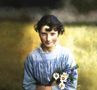 Gudrun Pausewang in ihrer Jugend  | © Verlag impedimenta