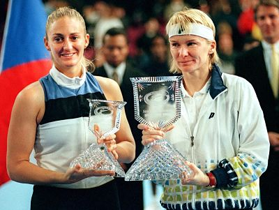 Ende 1997 besiegte Novotná die Französin Mary Pierce im Finale der WTA Tour Championships in New York.  | © WTA